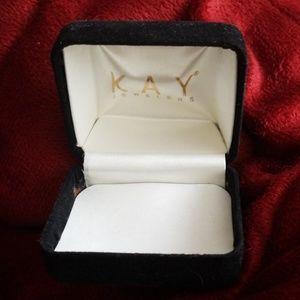 2 jewelry boxes kay jewelers